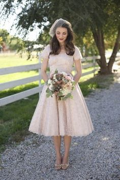 Wedding Dress: short and tulle