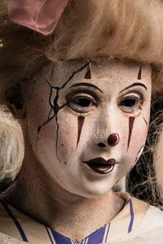 """Season 7, Ep.10, Spotlight Challenge: """" Scared Silly"""" -close up of Sasha's clown, inspired by her fear of old porcelain dolls."""