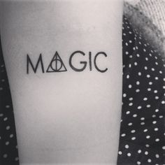 Harry Potter tattoo. Deathly hallows. By Caja, Ed's kroppskonst.