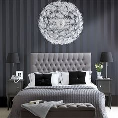 Chic Bedroom Decorate With Black And White For A Beautiful Best Hotel Style Bedrooms Ideas Blue And Grey Bedroom Ideas For Men Or Boys Modern Furniture Design Monochrome Bedroom, White Bedroom Decor, Gray Bedroom, Home Bedroom, Master Bedrooms, Grey Room, Bedroom Furniture, Silver Bedroom, White Bedrooms