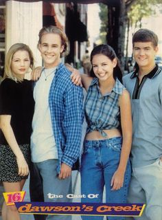 90's Nostalgia . . . OMG, mom jeans on Katie Holmes. Little did she know what a clusterfuck her life would turn into. That is, if you consider Tom Cruise a clusterfuck.