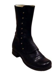 ::handmade boots. SWEET FANCY JESUS. I :::WANT::: these boots...