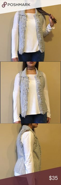 Banana Republic Cable Knit Vest Banana Republic Cable Knit Vest. A perfect layering piece this season! The piece's label states that the item is made of Italian yarn! No noticeable flaws. Banana Republic Jackets & Coats Vests