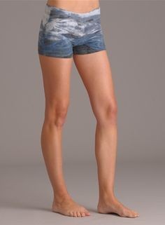 Hard Tail Bootie Short
