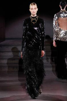 Tom Ford Fall 2016 Ready-to-Wear Fashion Show - Sasha Luss