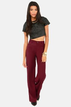Check it out from Lulus.com! With slacks as cute as the BB Dakota Giovanna Burgundy Wide-Leg Pants, now you can wear your office wear, everywhere!