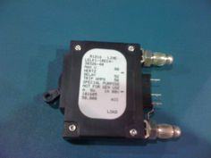 LELK11REC43032640 - AIRPAX - 40 AMP CKT BREAKER BULLET BLACK HANDLE 3 PIN W/ STRAP