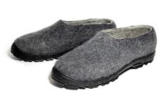 Men's Eco Wool Traveling Moccasins Charcoal - OPTIMISM NEW YORK 17 - Men's Wool Sneakers, NEW Jagged Sole Felt Shoes, Wool Slippers Hand Crafted at FELT FORMA