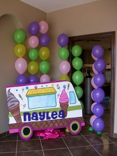 Decorations at an Ice Cream Party #party #icecream