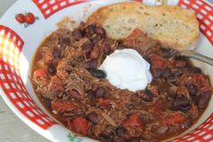 crockpot chili from leftover shredded beef Healthy Oatmeal Recipes, Healthy Recipe Videos, Healthy Snacks, Leftover Roast Beef, Black Bean Chili, Shredded Beef, Dog Snacks, Food Menu, Dog Food Recipes