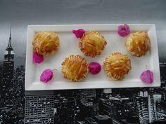 Des petits pâtés au thon ! la recette sur ma page cuisine https://www.facebook.com/pages/Cuisine-exotique-974/471663309605591?ref=hl
