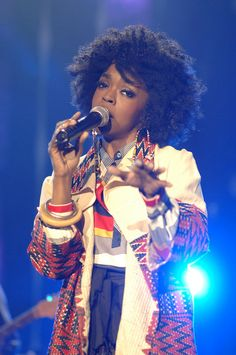 Human Perfection that Is Lauryn Hill Black Girls Rock, Black Girl Magic, Lowrider, Ms Lauryn Hill, Miseducation Of Lauryn Hill, Lauren Hill, Curly Hair Styles, Natural Hair Styles, Hip Hop