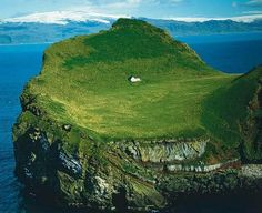 Lonely house (Elliðaey/ Iceland): http://curious-places.blogspot.co.nz/2011/02/lonely-house-elliaey-iceland.html