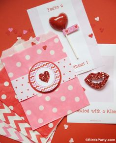 FOUR Valentine's Day DIY Card Ideas with FREE Printables by Bird's Party #freeprintables #Valentines #Cards #DIY #Crafts