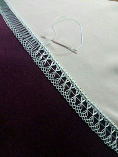 Tatting - Best Needle Tatting Tip: Katy's secret Hand Embroidery Dress, Hardanger Embroidery, Beaded Embroidery, Cross Stitch Embroidery, Embroidery Patterns, Needle Tatting, Needle Lace, Needle And Thread, Types Of Lace