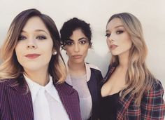 Shared by Tatiana. Find images and videos about girls, series and netflix on We Heart It - the app to get lost in what you love. Shows On Netflix, Netflix Series, Series Movies, Tv Series, Two Blondes, Elite Squad, Girl Sleepover, Stupid Girl, Naomi Scott
