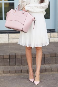 Soft pinks and creams are a dreamy combination.