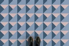 Well this caught my eye, do you know Atrafloor? I came across them as I was perusing the internet. Such eye-catching flooring does make you think of retro lino, true, but this is actually quite an … Pastel Colour Palette, Blue Palette, Neutral Colors, Patterned Vinyl, Higher Design, Line Patterns, Floor Design, Bathroom Interior Design, Geometric Designs