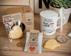 Lola Wonderful_Blog: Colección Enamóra-té Party In A Box, Gifts For Wedding Party, Party Gifts, Lola Wonderful, Promo Gifts, Daddy Day, Sweet Box, Spa Gifts, Thank You Gifts