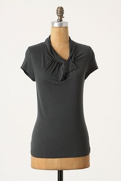 Dressy tshirt, perfect for casual skirt outfits