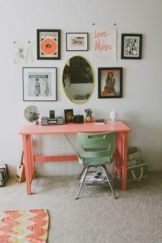 couleur du bureau avec celle de la chaise