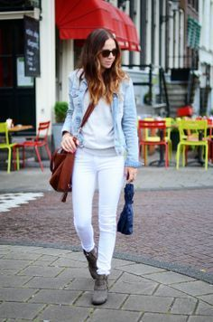 white jeans, gray sweatshirt, denim jacket, ankle boots