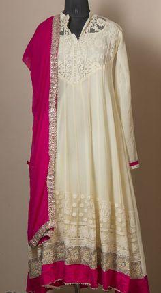 Kasba - Lucknowi white dress with pink dupatta Stylish Dresses, Indian Dresses, Anarkali, Indian Wear, Most Beautiful, White Dress, Tunic Tops, Lace, Womens Fashion