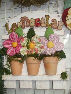 maceta con flor de tela ༺✿Teresa Restegui http://www.pinterest.com/teretegui/✿༻