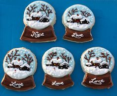Snow Globe Cookies by Sugar Rush Custom Cookies Christmas Food Gifts, Christmas Sugar Cookies, Christmas Baking, Christmas Biscuits, Holiday Treats, Christmas Projects, Christmas Recipes, Merry Christmas, Iced Cookies