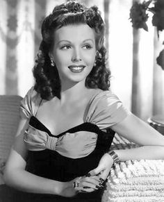 Large Movie Hairstyle Picture of Ann Miller (pic: 6)
