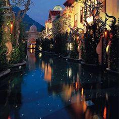 http://bookercup.com/en-US/Hotel/Thailand/Phuket/Phuket_Kata_Beach/Sleep_With_Me_Hotel_design_hotel__patong/137381