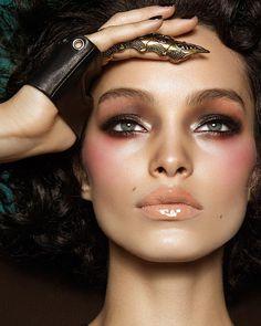 Luma Grothe by Gavin O'Neill. Make-up artist: Ido Raphael