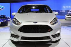 2014 Ford Fiesta ST White Front View
