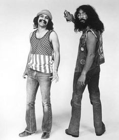 It's everybody's favorite stoners, Cheech Marin and Tommy Chong! The Grammy Award–winning comedy duo gained notoriety throughout the and for their standup and films. Cheech Und Chong, Dave's Not Here Man, Comic Cat, Stand Up Comics, Basketball Jones, Comedy Duos, Up In Smoke, Hippie Chick, The Good Old Days