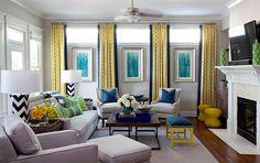 Фото из статьи: 10 правил сочетания: шторы, подушки, обивка
