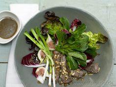 Rezept: Herbstlicher Salat mit Lammfilet & Feigen