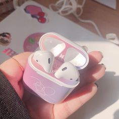 Fone Apple, Airpods Apple, Aesthetic Phone Case, Accessoires Iphone, Earphone Case, Airpod Case, Air Pods, Kpop Merch, Gadgets