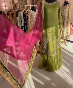 Gharara Designs, Kurti Neck Designs, Stylish Dresses For Girls, Elegant Dresses, Beautiful Dress Designs, Beautiful Dresses, Latest Fashion Dresses, Fashion Outfits, Batik Fashion