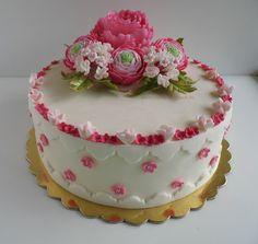 Peony and ranunculus cake