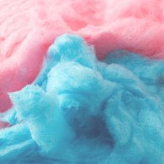 Remember warm, summer days spent at the fair munching on cotton candy? Now that scent is in a Bling it Candle! This scent include a sugary, strawberry and sweet vanilla scent, fresh from the county fair! Harley Quinn, Teddy Lupin, Sayaka Miki, Vanellope Von Schweetz, Blue Aesthetic, Simple Aesthetic, Tumblr, Gotham City, Homestuck