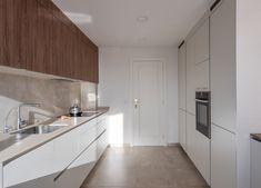 Cocina Santos - Cocina blanca - Cocina con isla - cocina abierta - kitchen - open kitchen - white kitchen - Cocina moderna - decoración - interiorismo - decor - minimal - minimalismo - nórdico