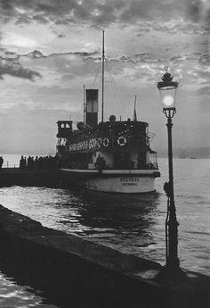 Ara Güler :: from 'Anılarımdaki İstanbul' (My Memories of Istanbul) Henri Cartier Bresson, Photo Vintage, Vintage Photos, Old Pictures, Old Photos, Paris Match, Photo B, Ansel Adams, Magnum Photos