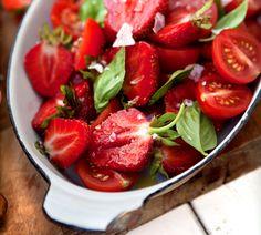 Så himla gott! - Tomat- och jordgubbssallad