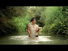 Let Them Come, Neta Oren, beautiful juggling in the water Physical Skills, Hula, Looking Up, Keep It Cleaner, Picture Video, Things That Bounce, Entertainment, Let It Be, God