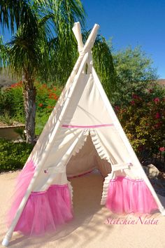 Poetic Princess Teepee in Hot Pink  (Ready to Ship) -- Fort  Tent  Indoor Outdoor Play Photo Prop Tee Pee Playhouse