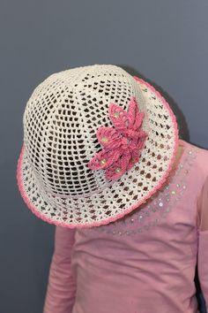 4bbf6ad18bc Crochet girls sun hats White hat with flower Sun brim hat Crochet summer hat  Beach hat kids Baby bri