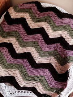 CROCHET handmade baby blanket afghan chevron ripple VANNA yarn lap multi knit #handmade