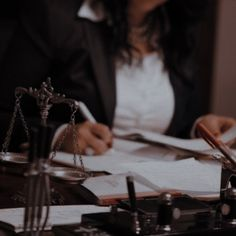 Dream Career, Dream Job, Dream Life, Future Jobs, Future Career, Law School Quotes, Detective Aesthetic, Law And Justice, Women Lawyer