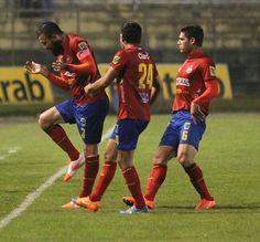 Hamilton Lopez anota el primer gol ante Marquense.  14 Dic 2014