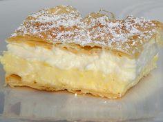 Seelensturm: blejska kremšnita (Bled Cream Cake) - I Cook Different Köstliche Desserts, Delicious Desserts, Yummy Food, Cheesecakes, Slovenian Food, Cake Recipes, Dessert Recipes, No Bake Bars, Sweet Tarts